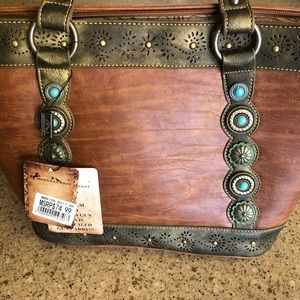 NWT Brown Conceal and Carry Shoulder Purse